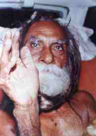 Life span miracle - Devraha Baba over 250 years old.