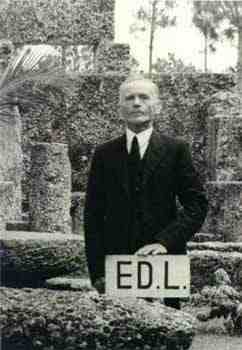 Coral Castle - Ed Needskalnin
